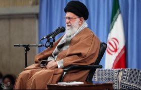 حکومت اسلامی در ذهنها و خاطرهها به شکل خلافتهای موروثی به یادگار مانده بود.