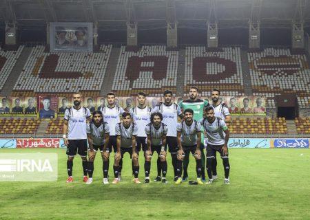 تیم فوتبال نفت مسجدسلیمان در مقابل گل گهر ۶ غایب دارد