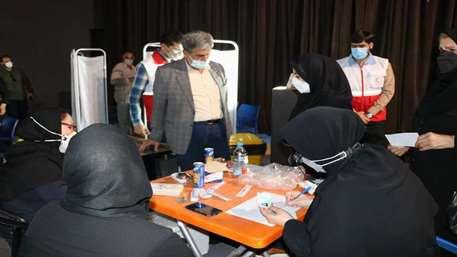 آغاز به کار مرکز واکسیناسیون عمومی جمعیت هلال احمر اهواز با هدف تسریع در روند واکسیناسیون