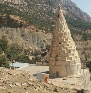 تخریب بخشهایی از بنای ملی امامزاده «قطبالدین» در اندیکا بر اثر زمین لرزه